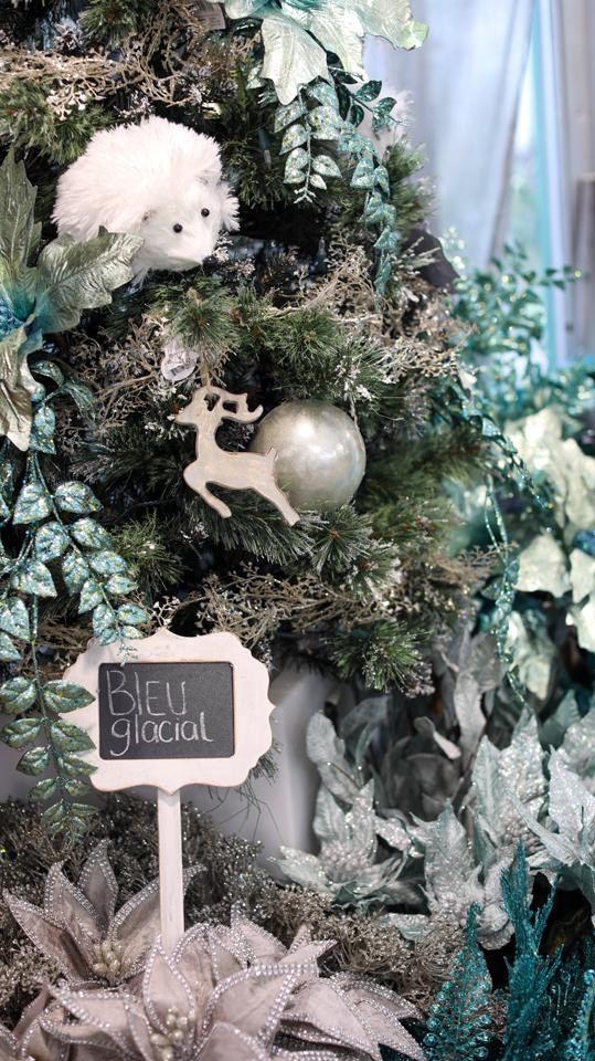 Sapin de Noël bleu glacial Scandinave