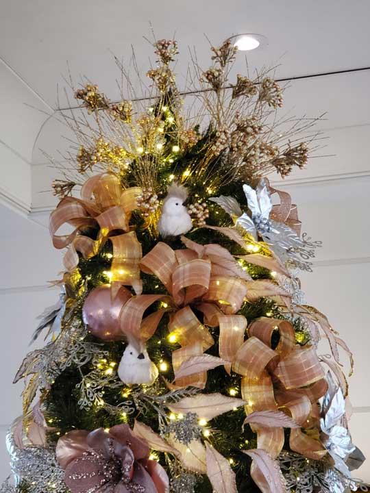 Grand sapin de Noël personnalisé