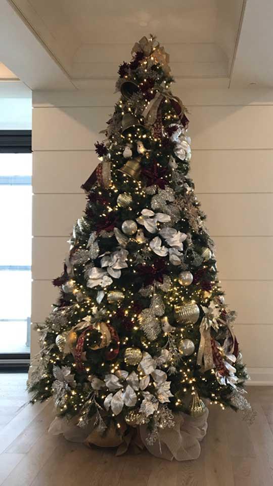 Création et installation de décorations de Noël