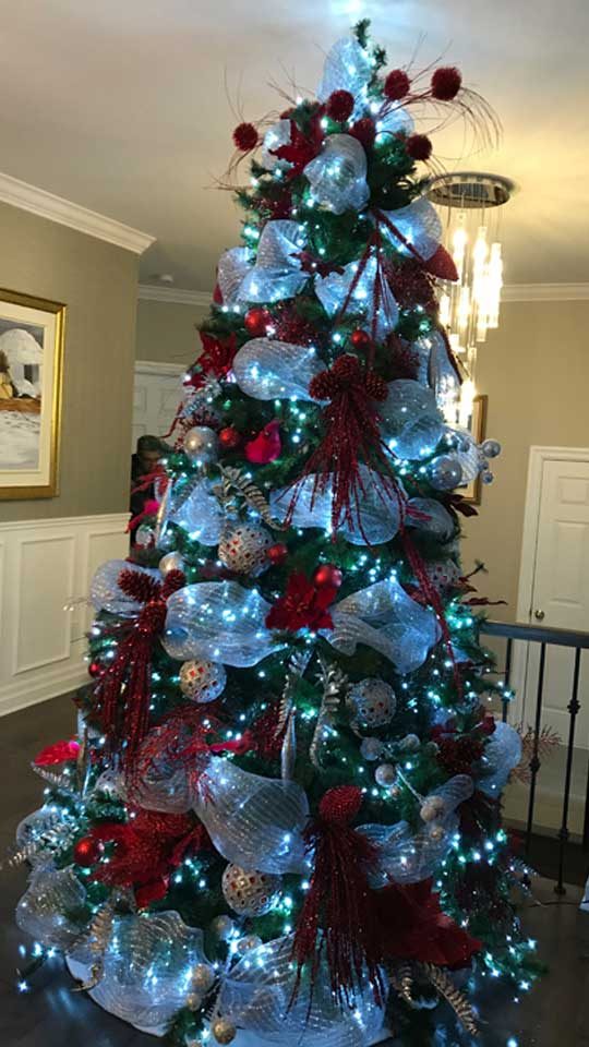 Votre sapin de Noël personnalisé installé chez vous